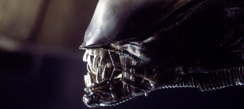 film reviews | movies | features | BRWC IN PROSE NO ONE CAN HEAR YOU SCREAM - Alien Franchise Book Reviews
