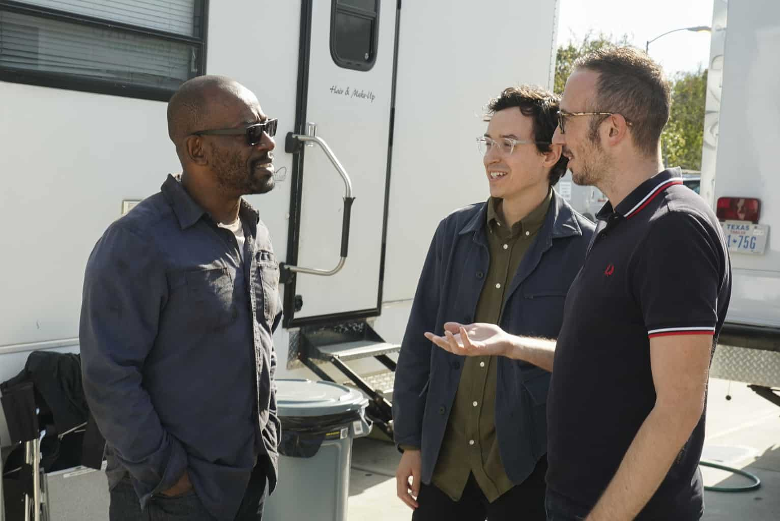 "Lennie James on set with ""Fear"" showrunners Andrew Chambliss and Ian Goldberg"