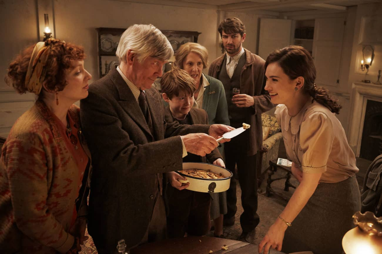 Review: The Guernsey Literary & Potato Peel Pie Society