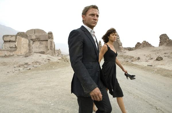 James Bond Daniel Craig and Olga Kurylenko in Quantum of Solace.