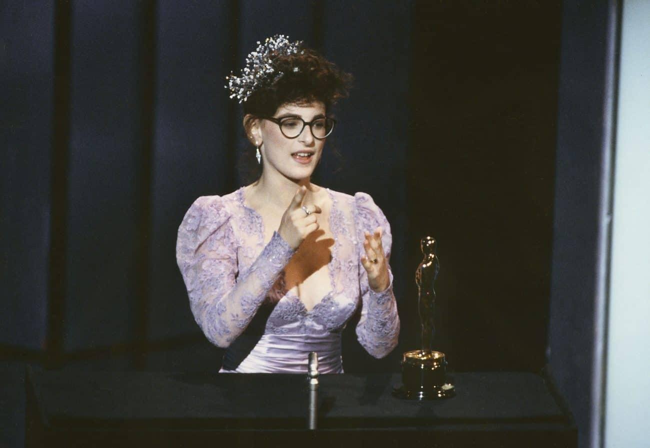 Marlee Matlin accepts her Oscar