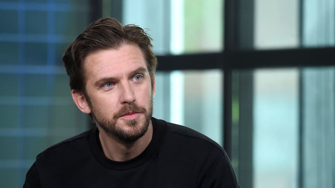 Dan Stevens enjoyed working with 'Legion' showrunner Noah Hawley again on directorial feature debut 'Lucy in the Sky'.