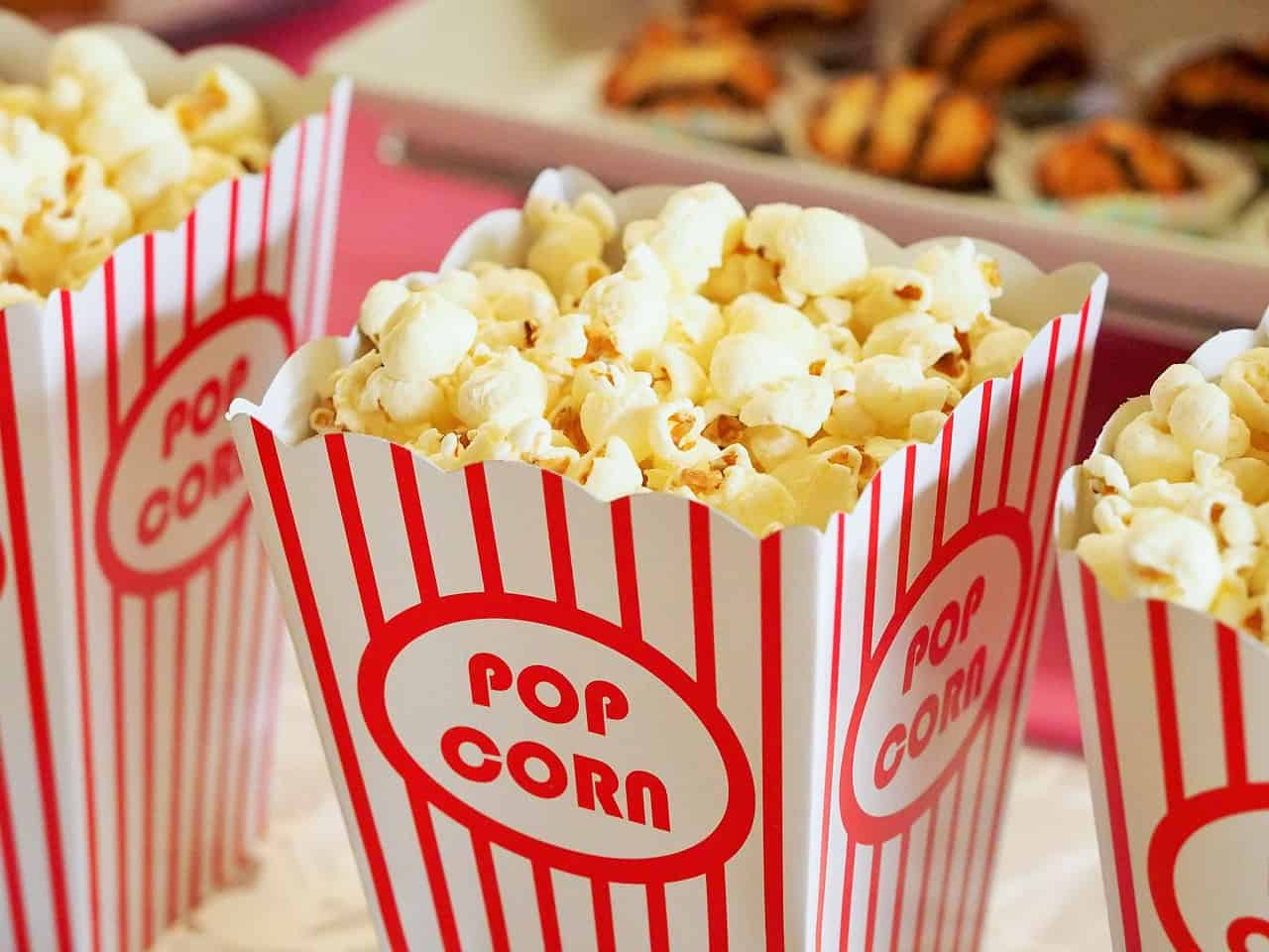 https://cdn.pixabay.com/photo/2015/12/09/17/12/popcorn-1085072_1280.jpg Photo